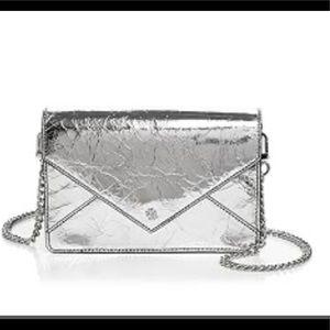 ⭐️HP⭐️ Timeless Tory Burch Mini Envelope handbag
